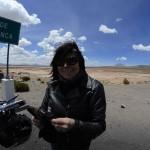 Pause à la Laguna de Pampa Blanca lors d'un voyage moto Harley au Pérou
