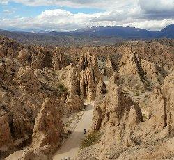 La route 40 à moto sur la route 40 et la Quebrada de Las Flechas