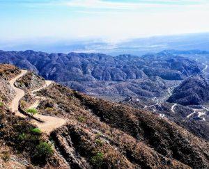 Les Andes à moto et la Cuesta la Chilca